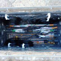 Vorbereiterer Schacht zur Glasfaser-Muffenmontage